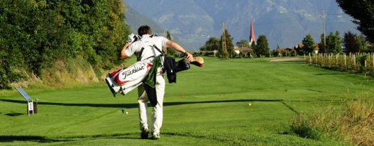 Play Golf during your vacation in Merano, South Tyrol.